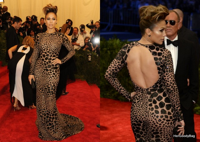 Jennifer Lopez really does anything wrong in my eyes. This Michael Kors gown fits her like a glove.
