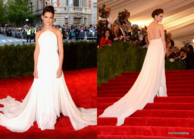 Katie Holmes version of punk was really regal and angelic. I loved her train as well and the back of the dress was amazing. (Thinking of wedding dress ideas lol)